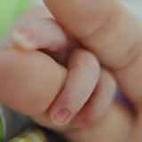baby-fingers
